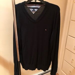 Navy blue V-neck Tommy Hilfiger sweater
